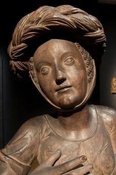 Busto femenino (procede de la sillería de la capilla de los Fugger). Anterior a 1518. Autor desconocido. Fuente. Museo Nacional de Escultura